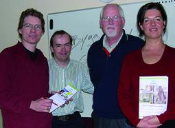 Kathrin und Olaf Plotke mit schwedischen Genossen