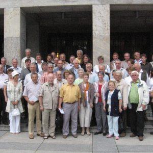 Vertreter von Bürgerbusvereinen aus dem Kreis Kleve mit Barbara Hendricks in Berlin