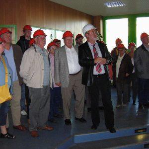 Besuchergruppe aus Uedem im Abfallentsorgungszentrum Asdonkshof