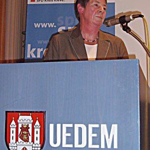Barbara Hendricks bei ihrer Rede im Uedemer Bürgerhaus