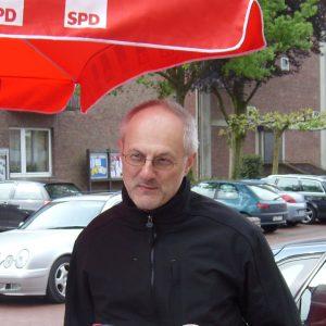 Im Gespräch: (v.l.) Jörg Lorenz, Hubert Schlautmann und Dr. Markus Bremers.