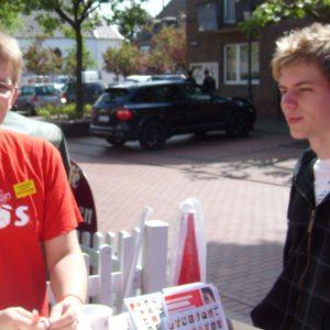 Juso-Chef Carsten Otto informierte Jugendliche über die Arbeit der SPD-Nachwuchsorganisation.