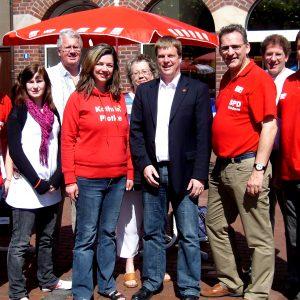 SPD-Europakandidat besuchte den Infostand der Uedemer SPD am Markt.