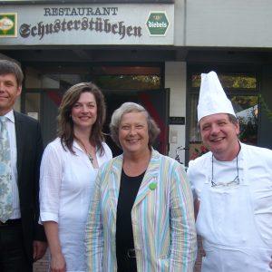 Diskutierten gemeinsam im Bürgerhaus: Dr. Peter Welters, Kathrin Plotke, Bärbel Höhn und Meisterkoch Jean-Marie Dumaine.
