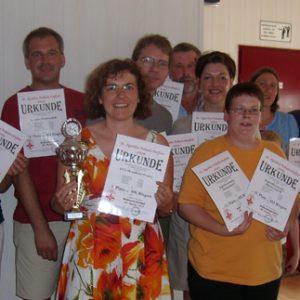 Drei Mannschaften der Uedemer SPD erhielten Urkunden beim Agatha Pokalschießen.